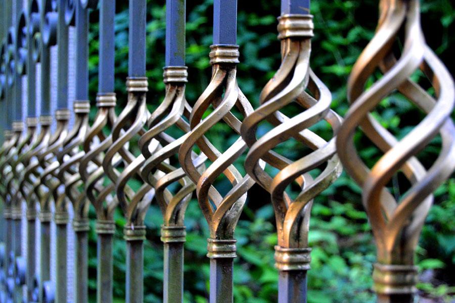 feature-img-ingle-fence